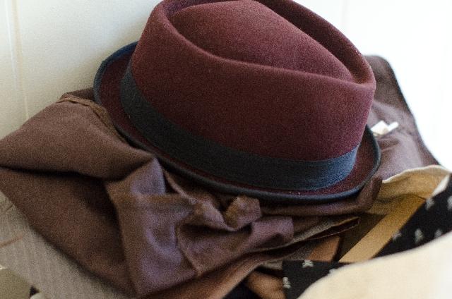 洋服の整理整頓のコツ【シンプルでカンタンに衣類を片付ける方法】