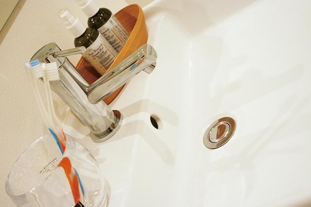 洗面所の整理整頓のコツ【収納力とレイアウトが決め手!】