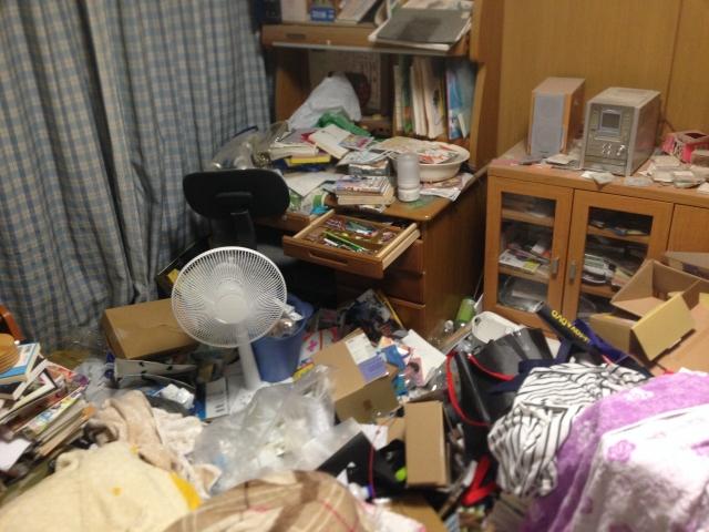 汚部屋から断捨離で脱出するコツ「使うものだけ」に囲まれた生活