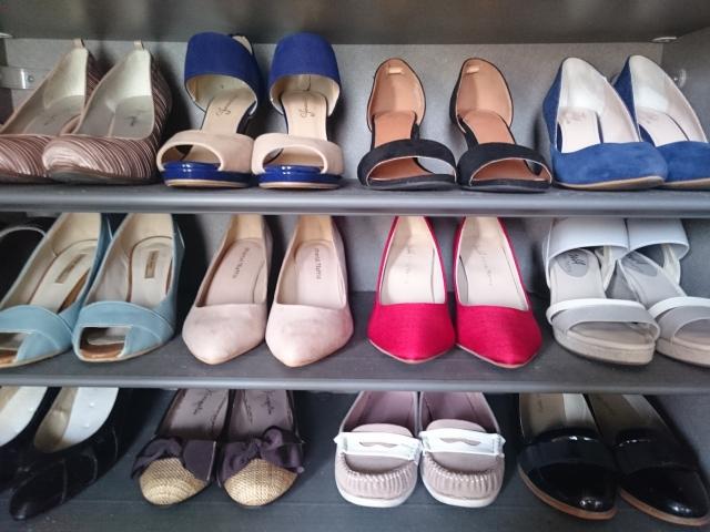 女性ミニマリストの靴の管理術!履かない靴を手放すことからはじめよう!