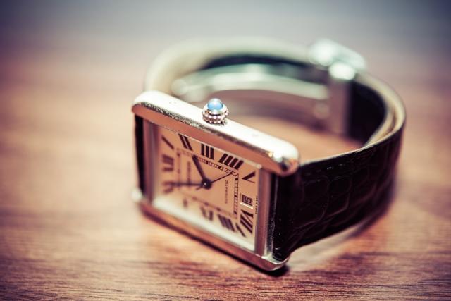 ミニマリストに腕時計は必要なのか?