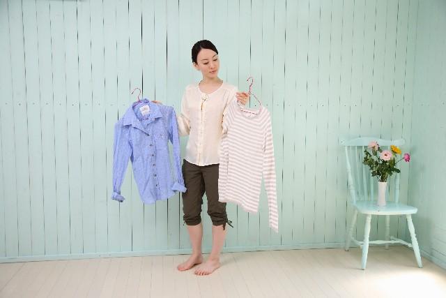 覚えておくと便利!女性ミニマリストの服の所有に関する考え方、5つの基本!