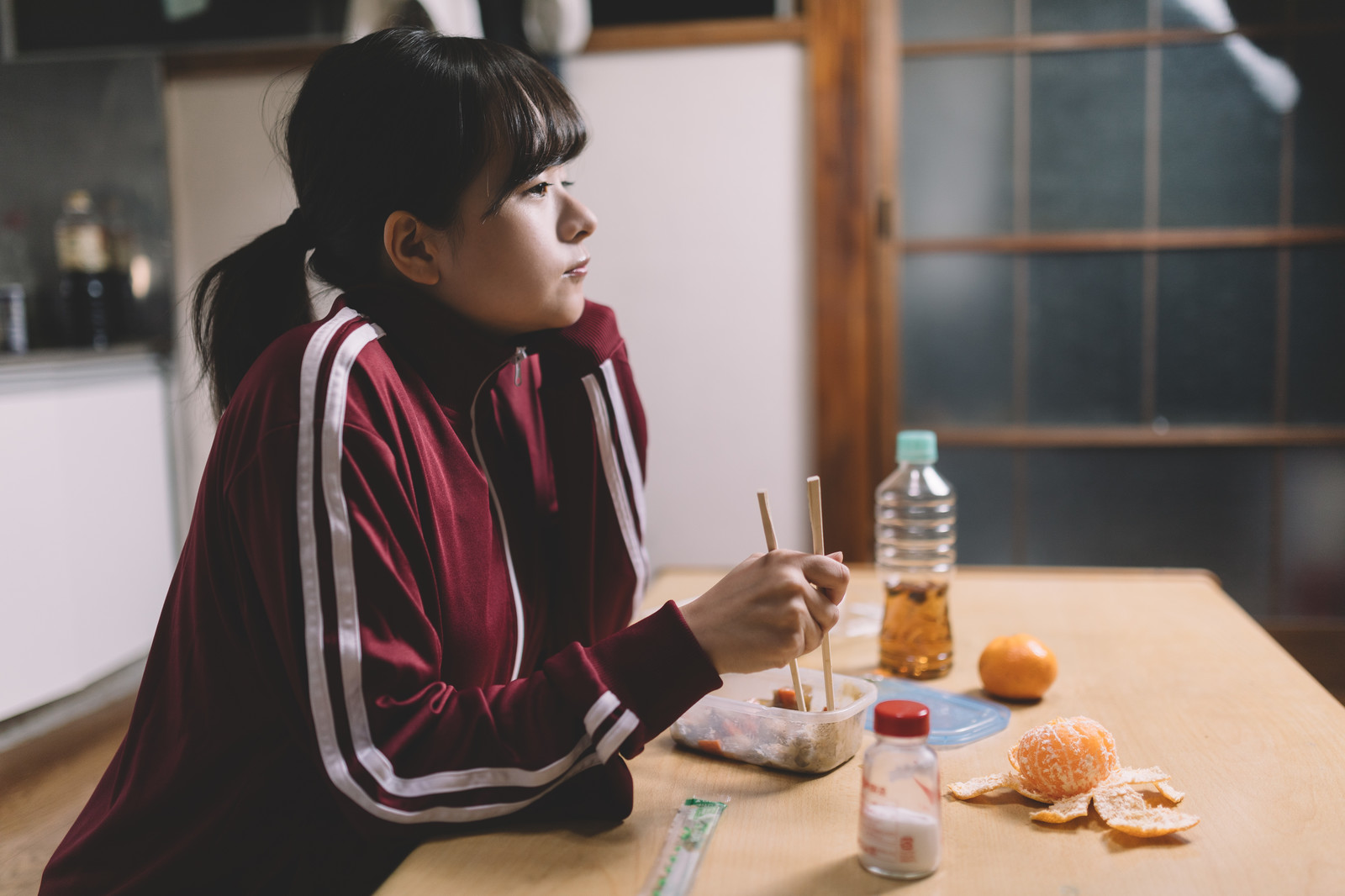 【女性ミニマリストから学ぶ】大学生の部屋のミニマム化のコツ!
