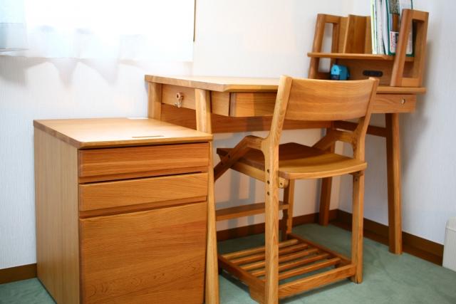 【小学生・部屋の片付け方のコツ】進んで片付けができるようになる部屋の作り方
